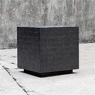 Ayasha, Accent Table